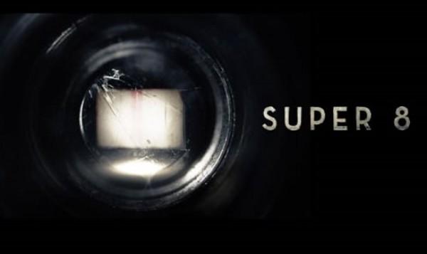super-8-movie-plot-e1303229356887