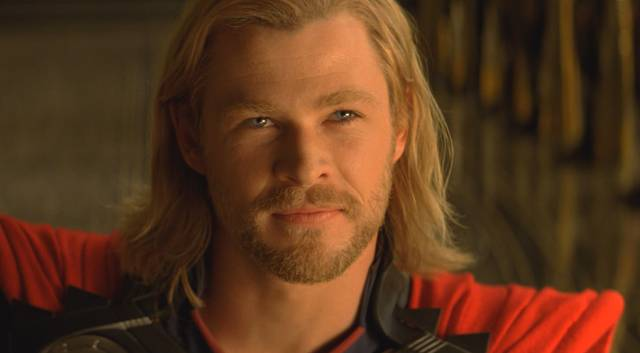 thor-chris-hemsworth-foto-dal-film-5_mid