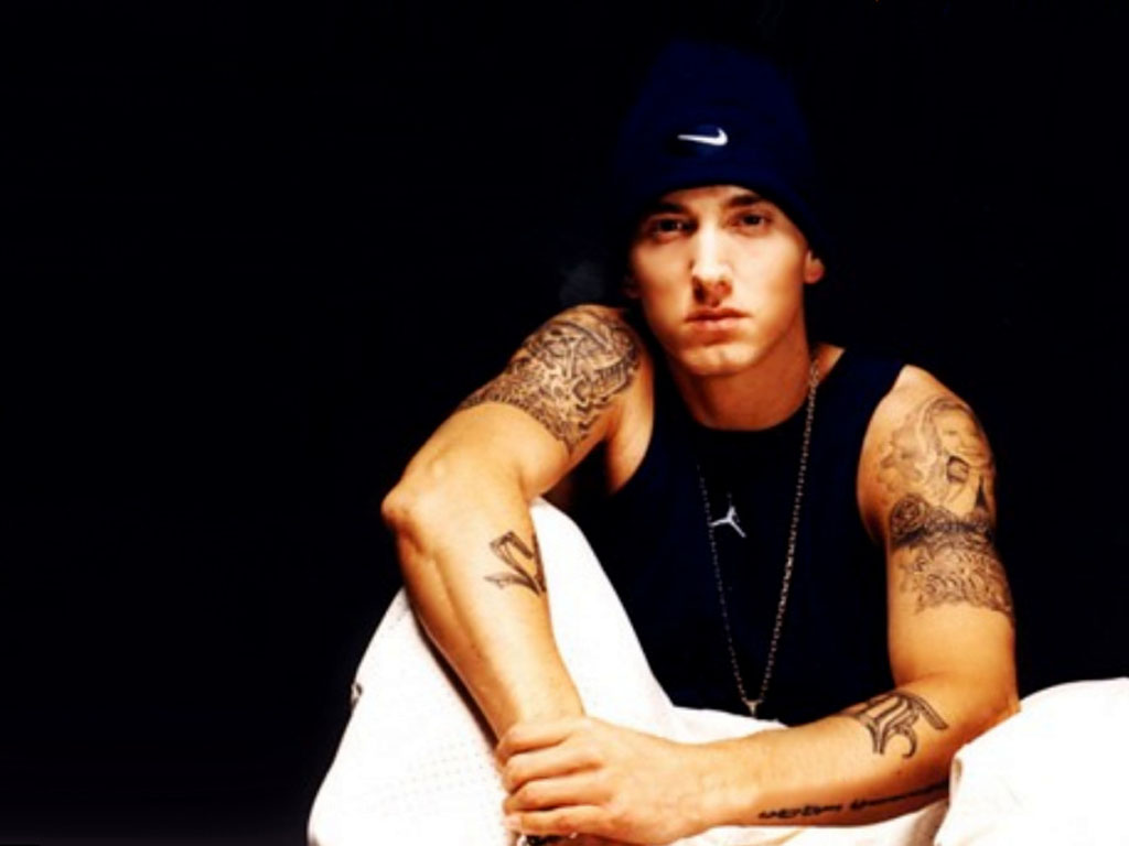 Eminem-43-RGJN91N0GY-1024x768