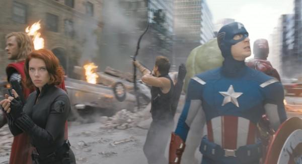 Scarlett-Johansson-The-Avengers-movie-image-2-600x327