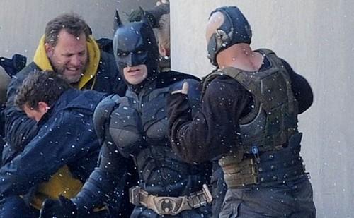 The-Dark-Knight-Rises-set-Batman-e-Bane-