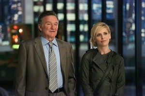 robin-williams-e-sarah-michelle-gellar-in-un-immagine-della-serie-the-crazy-ones-275525