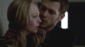 Joseph-Morgan-as-Klaus-and-Candice-Accola-as-Caroline-on-The-Vampire-Diaries-S03E21-Before-Sunset-2