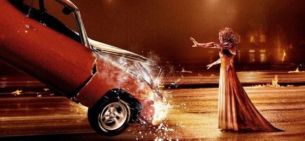 Lo-sguardo-di-Satana-Carrie-nuovo-poster-e-un-video-backstage-in-italiano-2