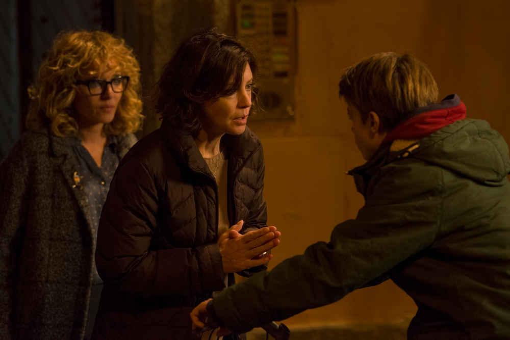 Valeria Golino, Margherita Buy e Andrea Pittorino in La vita Possibile