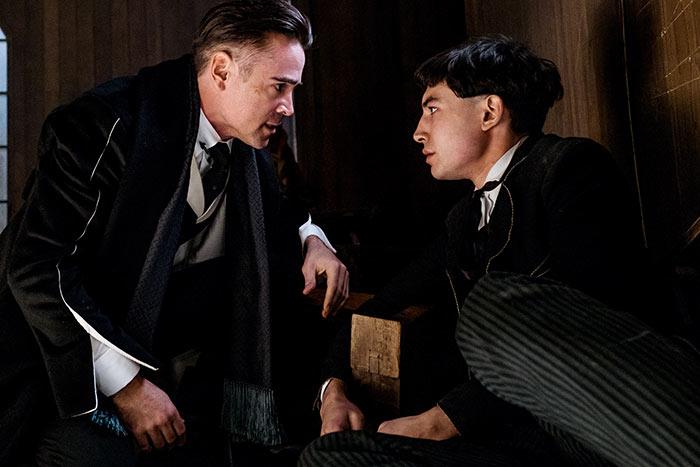 Ezra Miller e Colin Farrell in Animali Fantastici e Dove Trovarli