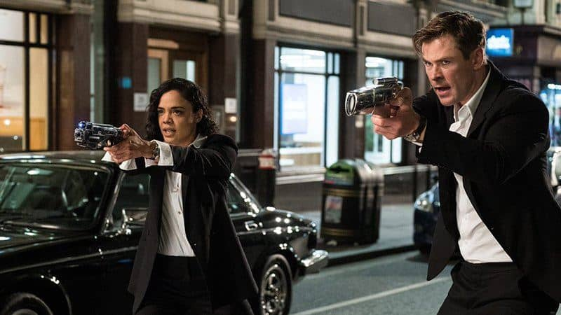 tessa thompson e chris hemsworth recitano in men in black international maxw 814